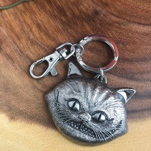 Disney Alice In Wonderland Cheshire Cat Keychain